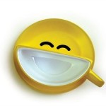 Улыбающаяся чашка кофе