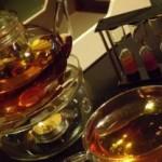 В дубайском кафе можно отведать золотой чай