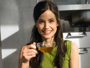 Зеленый чай повышает внимание мужчинам, а женщинам увеличивает грудь