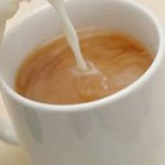 Чем полезен чай с молоком?