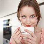 Стоит ли пить кофе с молоком?
