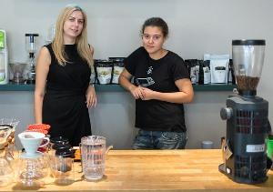 """Московские владелицы сети кофеен """"ДаблБи"""" ставят на кофе"""