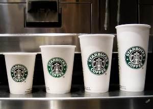 Starbucks поднимает цены на кофе